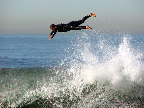 Surfing on a November morning in Santa Monica, CA | by Vaguely Artistic