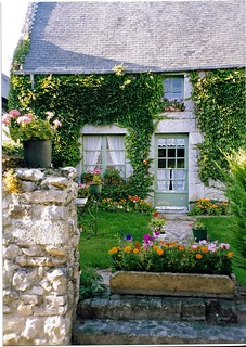 Cottage, Regneville sur Mer, Normandy | by *Susie*