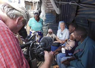 """""""Hilfe unter gutem Stern"""" Im größten Armenviertel Afrikas"""