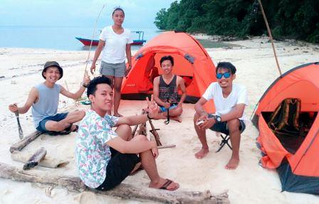 camping ceria di pulau opak