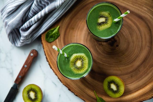 Popeye's Spinach And Spirulina Smoothie (vegan, gluten-free) | Will Cook For Friends