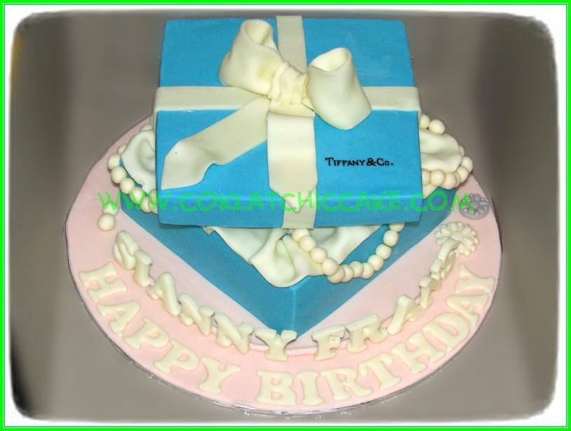 Cake jewelry box