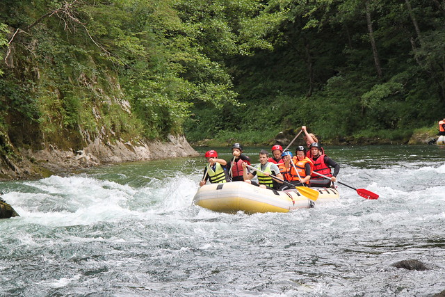 Adrenalin tour on Neretva river