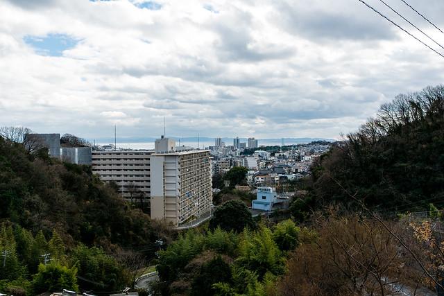 神戸電鉄「丸山」駅からは海が見える