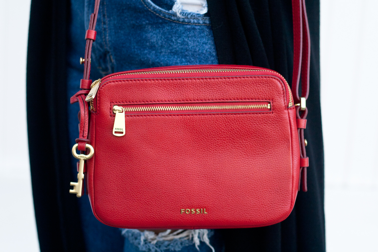 08holiday-red-fossil-leather-bag-style-fashion