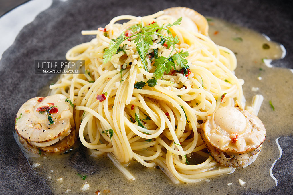 pasta aglio olio Little People Avantas Residences