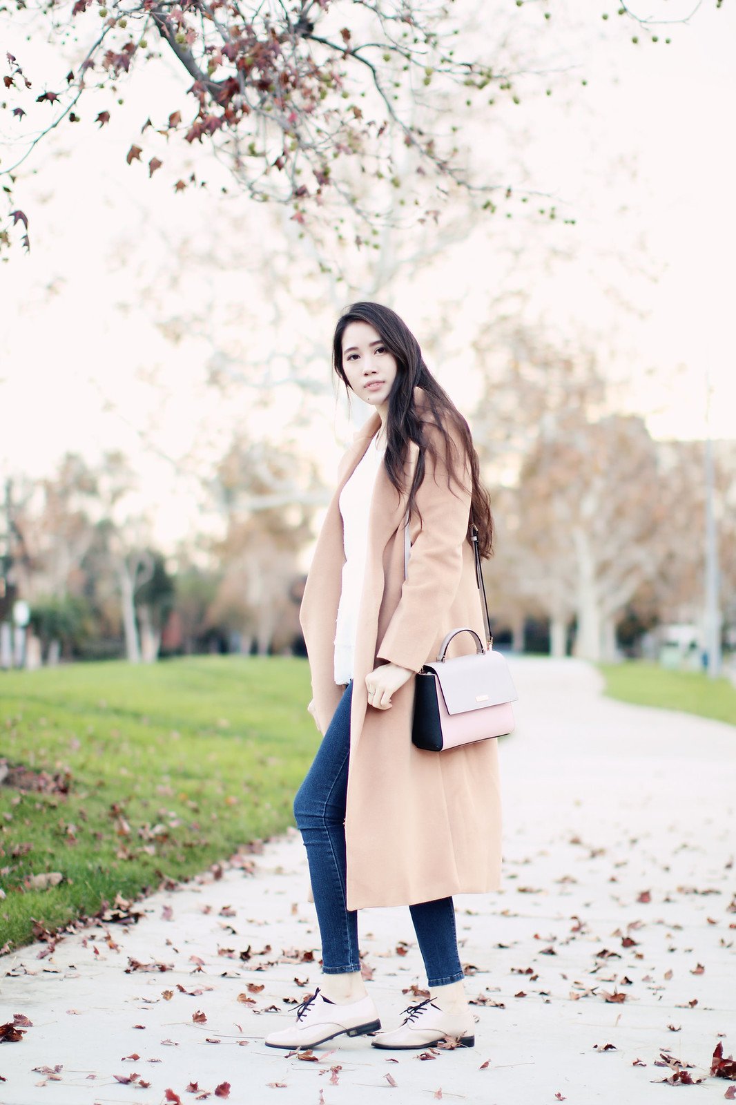 1415-ootd-fashion-fall-autumn-camel-coat-clothestoyouuu-elizabeeetht-chic-classic-timeless-koreanfashion