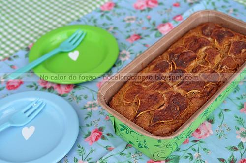 Bolo de pera com farinha de rosca - grande