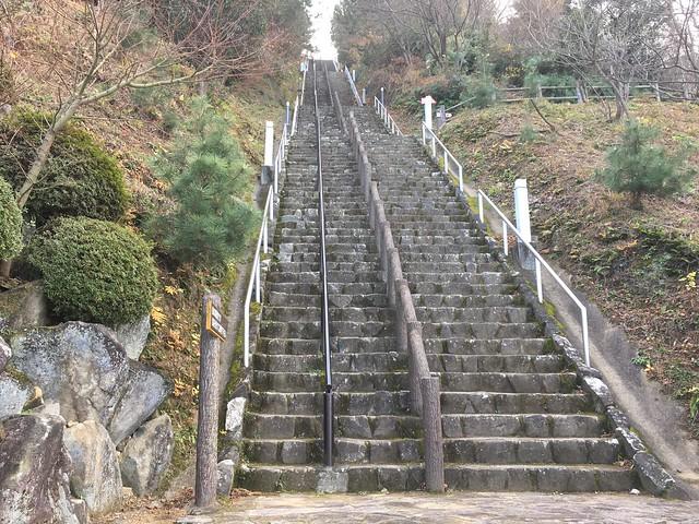 月見の森 月への階段