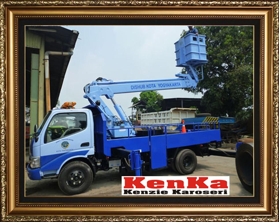 Karoseri Truck Skylift - 9