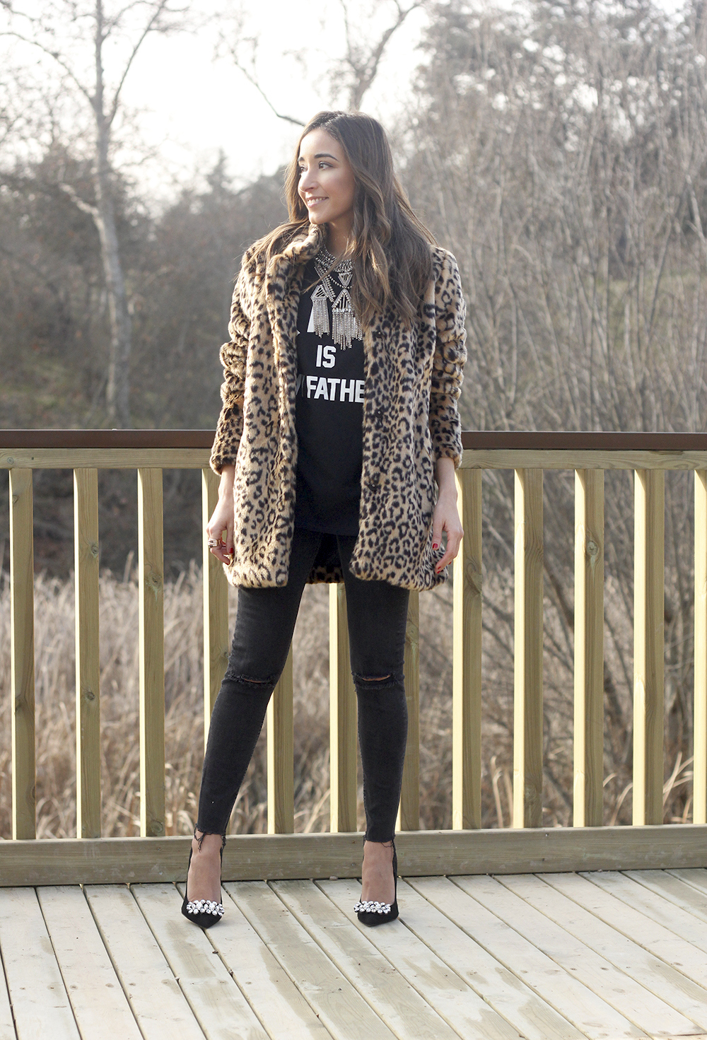 leopard coat black jeans jewel heels outfit style new year fashion05