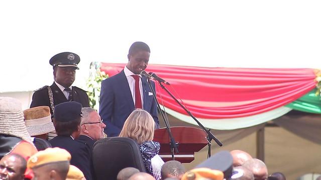 Edgar Lunda prête serment en Zambie