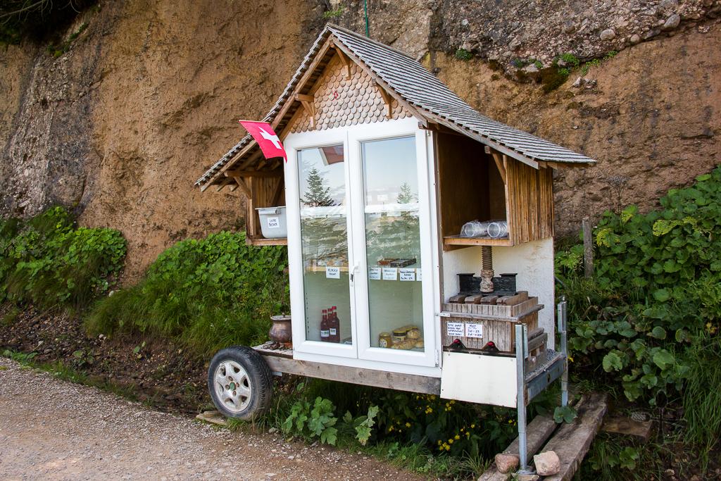 Self service snack hut