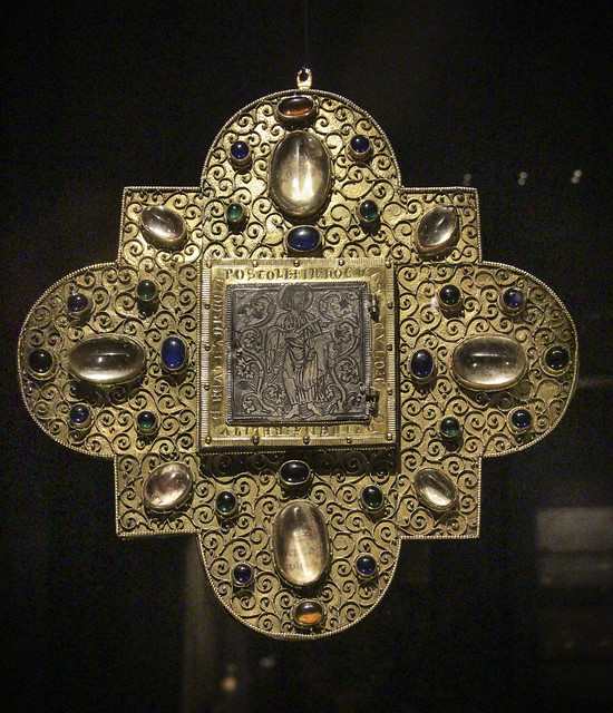 Phylactere of the tooth of st Andre