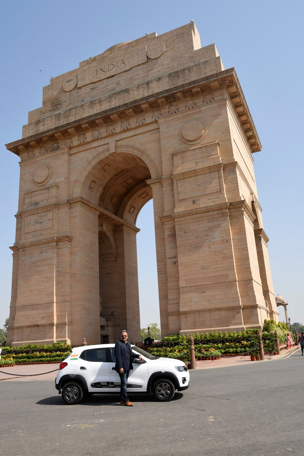 Renault-Kwid-Delhi-To-Paris