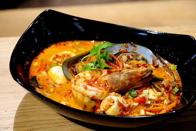 Cha Thai Tom Yum Soup
