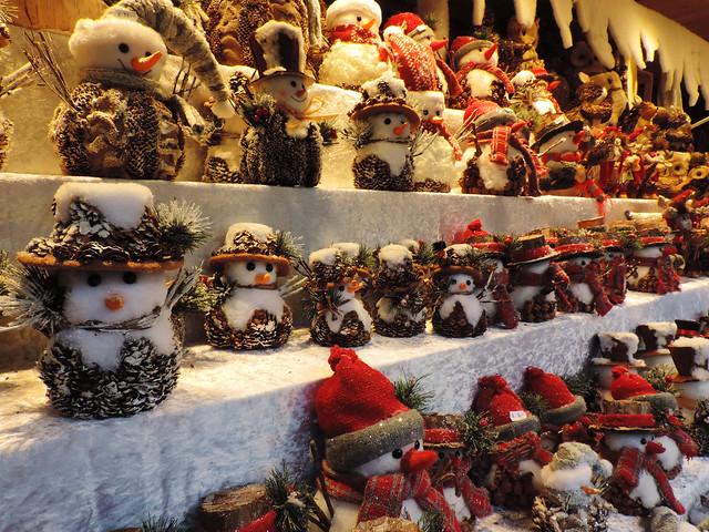Merry Christmas: Christmas market in Vienna, Austria
