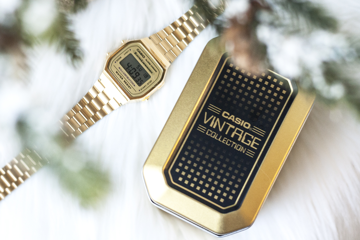 02casio-vintage-gold-watch-holiday-style-fashion