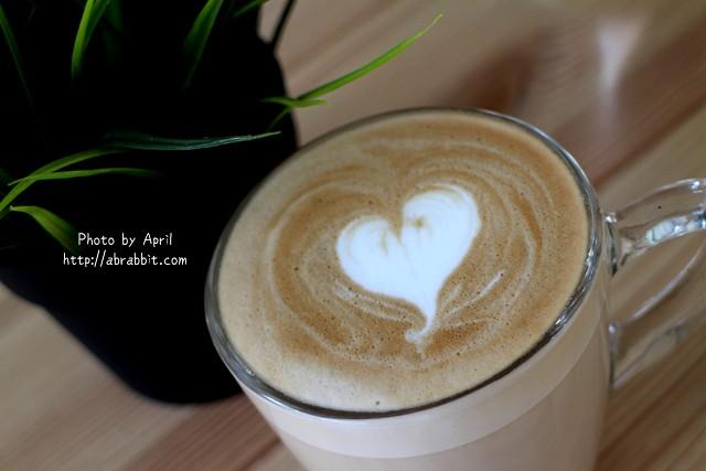 31655568676 85b1bfb54f z - [台中]Toward Cafe 途兒咖啡--貨櫃屋咖啡廳,早午餐、輕食、咖啡@西屯區 玉門路(已歇業)