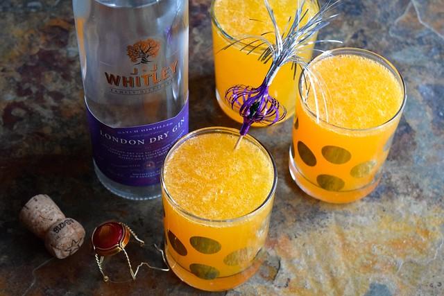 Clementine 75's for Christmas Breakfast | www.rachelphipps.com @rachelphipps