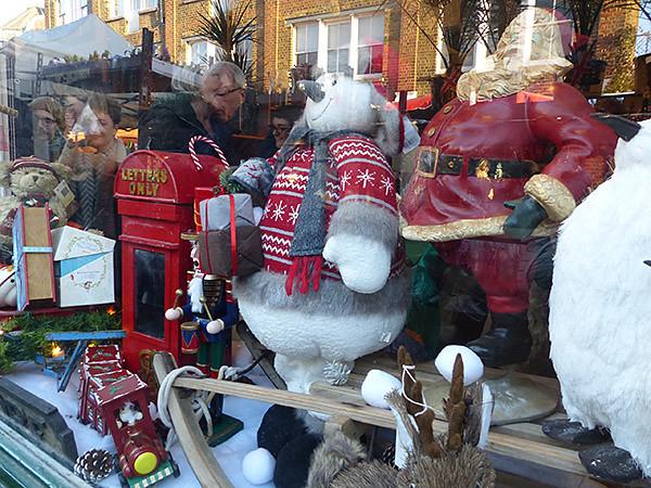 vitrine de Noël à Columbia road