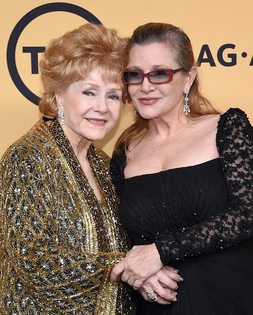 Debbie Reynolds & Carrie Fisher - Photo 1