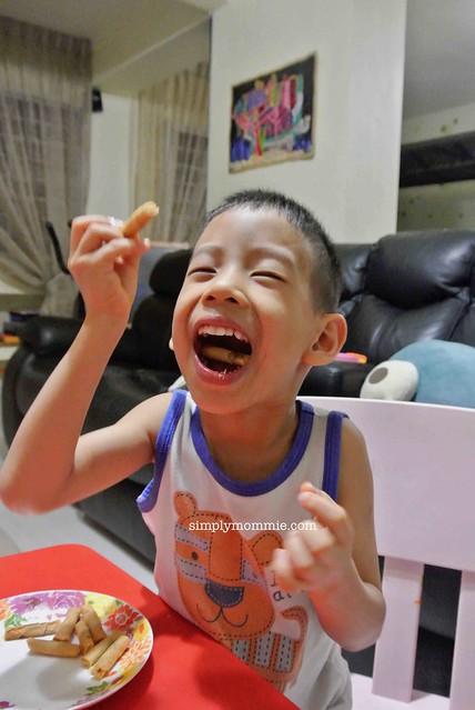 Pineapple tarts singapore review