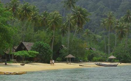 suasana pantai pulau cubadak
