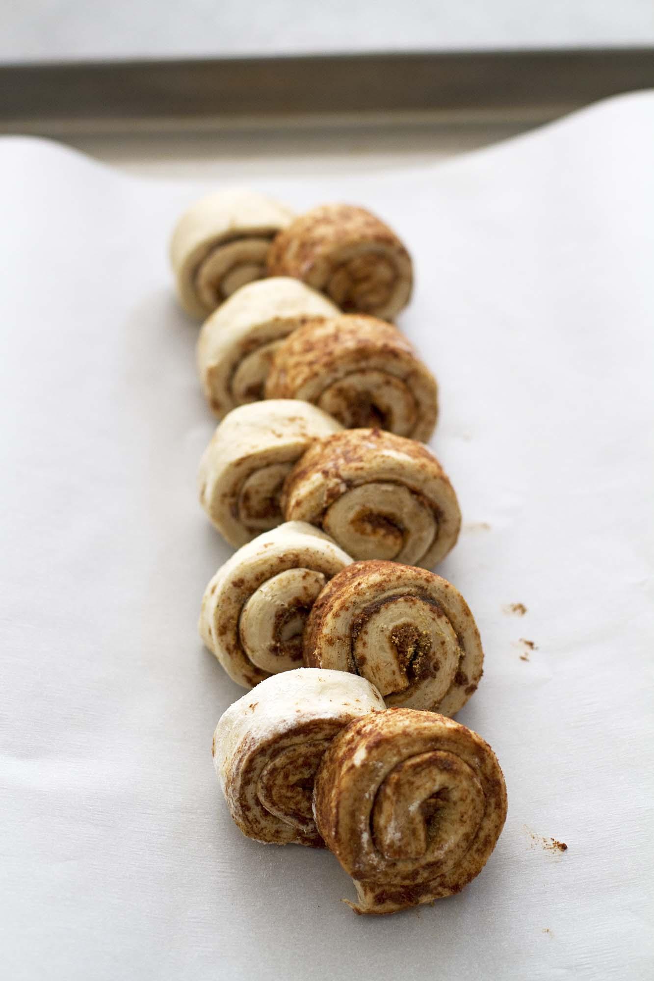 Chai Spiced Cinnamon Roll Pull Apart Bread | girlversusdough.com @girlversusdough