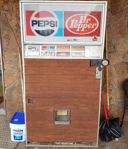 wood paneled pepsi machine