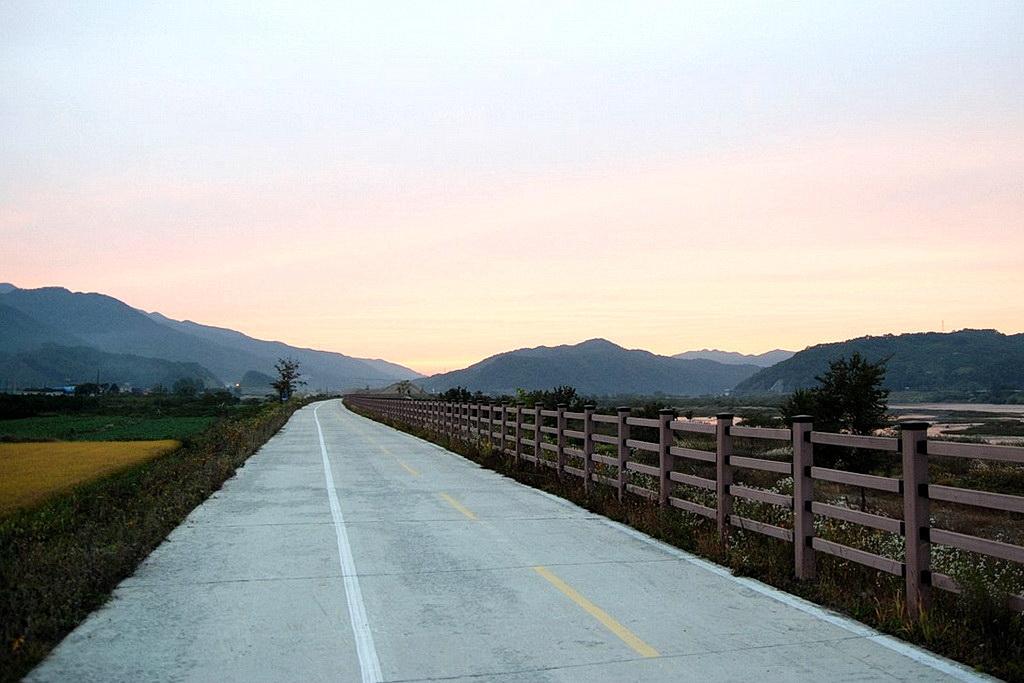 chungju bike road