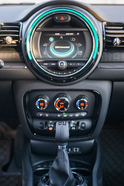 MINI Cooper Clubman All4 - Command Center