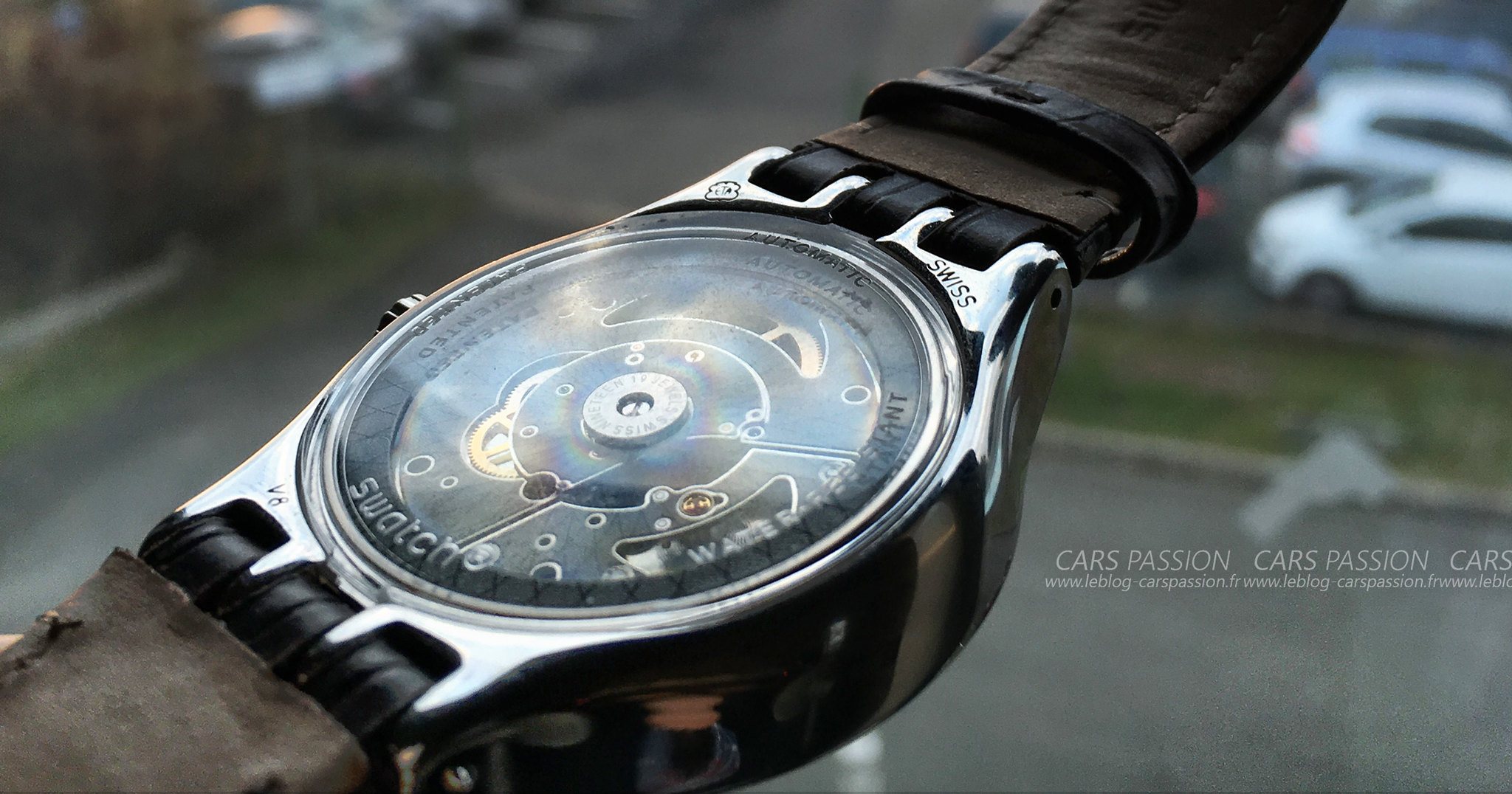 montres-automatique-swatch-sistem51-irony-fly-9