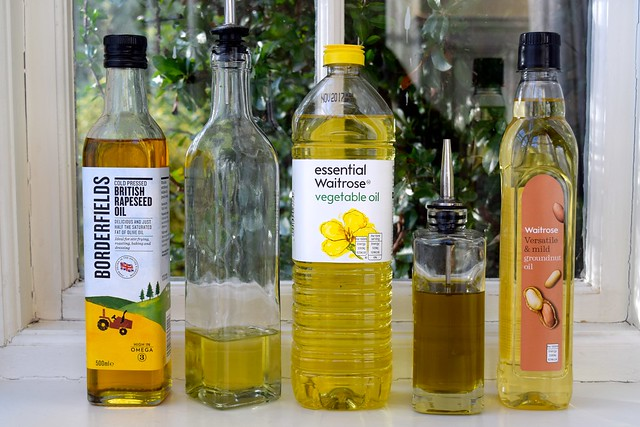 Basic Cooking Oils | www.rachelphipps.com @rachelphipps