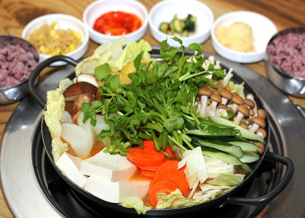 the-boneless-kitchen-vegetarian-army-stew