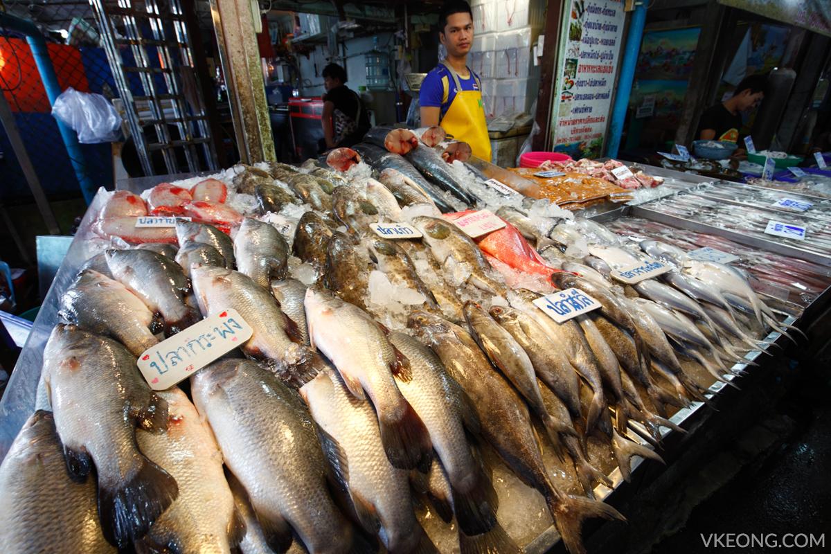 Lan Pho Fish Market Pattaya Fishmonger