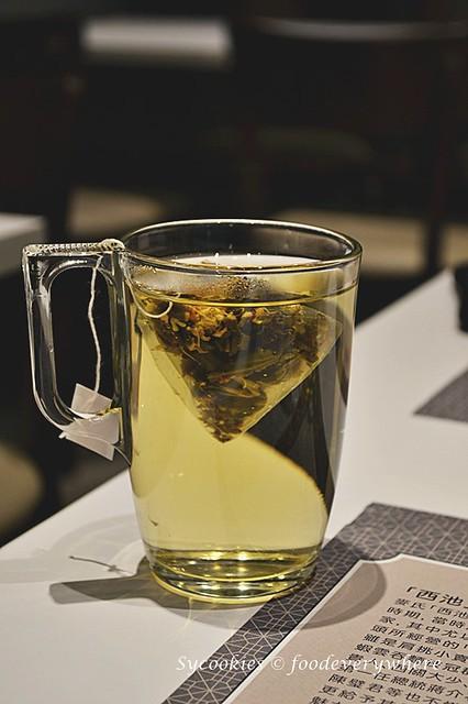 13.Mak's Chee Cheesy Wanton and Champion Milk Tea @ 1 Utama