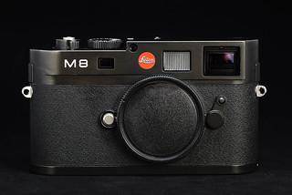 M8 Black (Le0089)