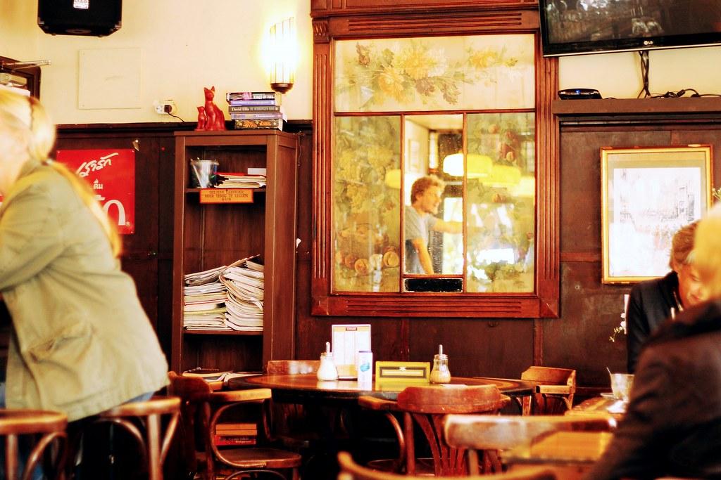 Drawing Dreaming - onde e o que comer em Amsterdão - De Kat in de Wijngaert, tosti