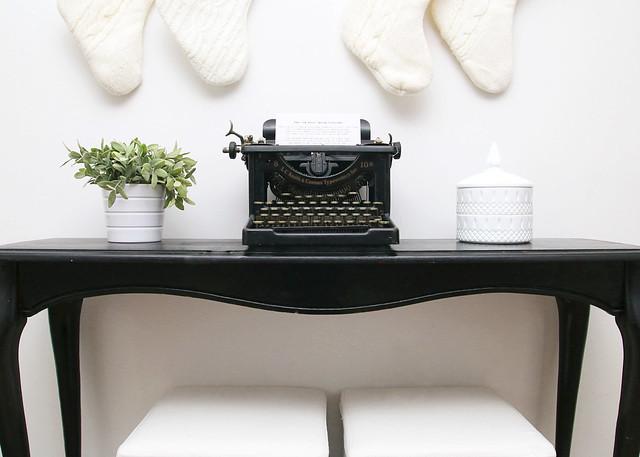 Vintage Typewriter Black Console