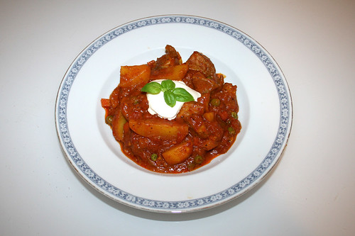 66 - Pork Vindaloo - Served / Serviert