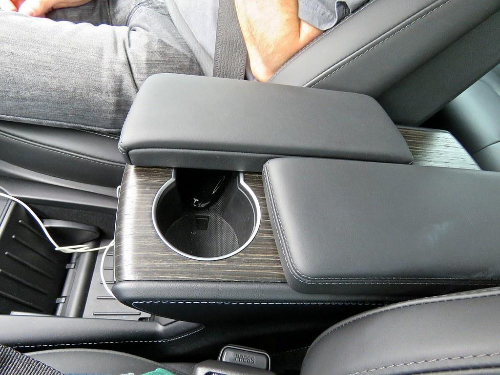 Tesla Model S P90D 4