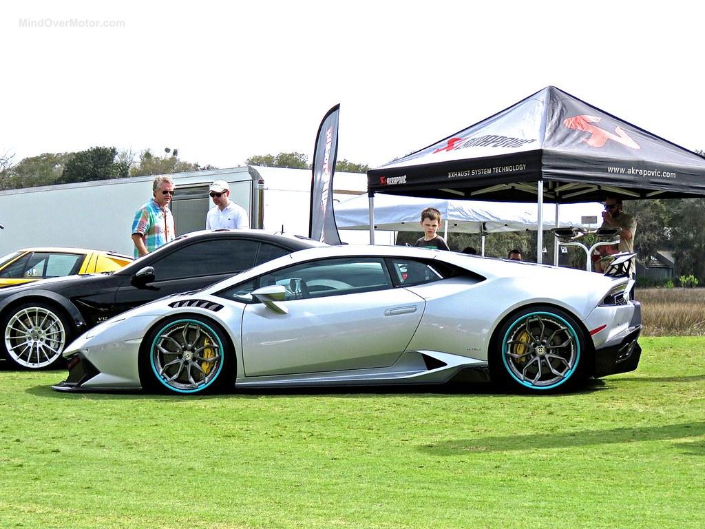 Stanced Lamborghini Huracan Amelia 7