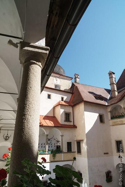 Innenhof der Burg Klam