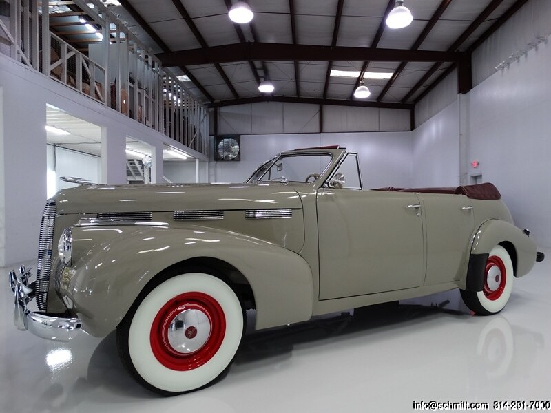 1940 LASALLE SERIES 52 CONVERTIBLE SEDAN