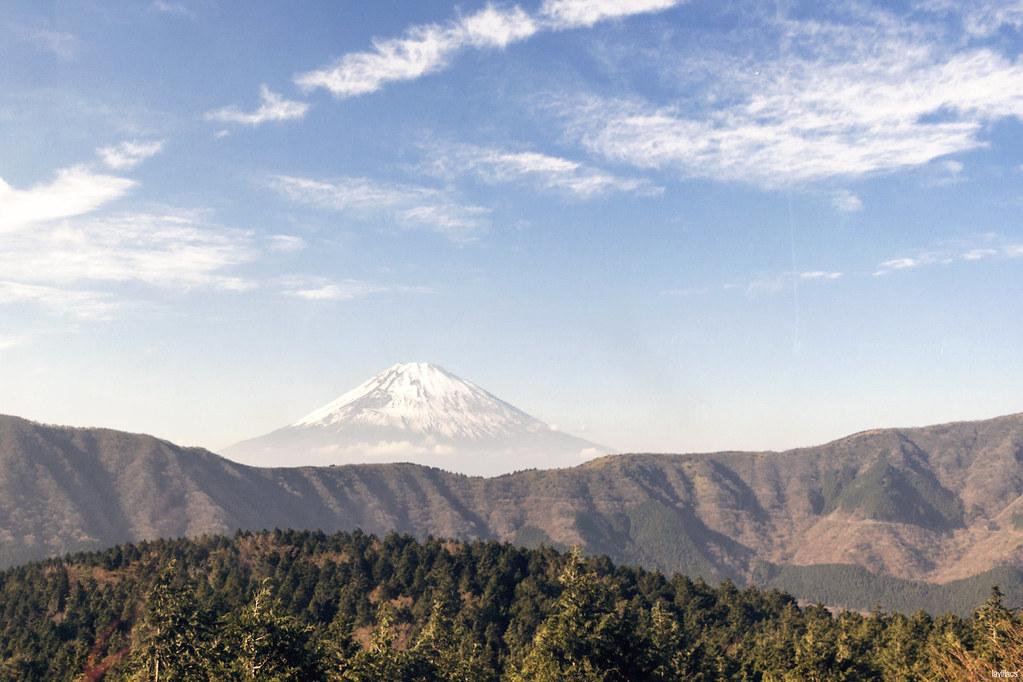 lavlilacs Japan Hakone ropeway Mount Fuji