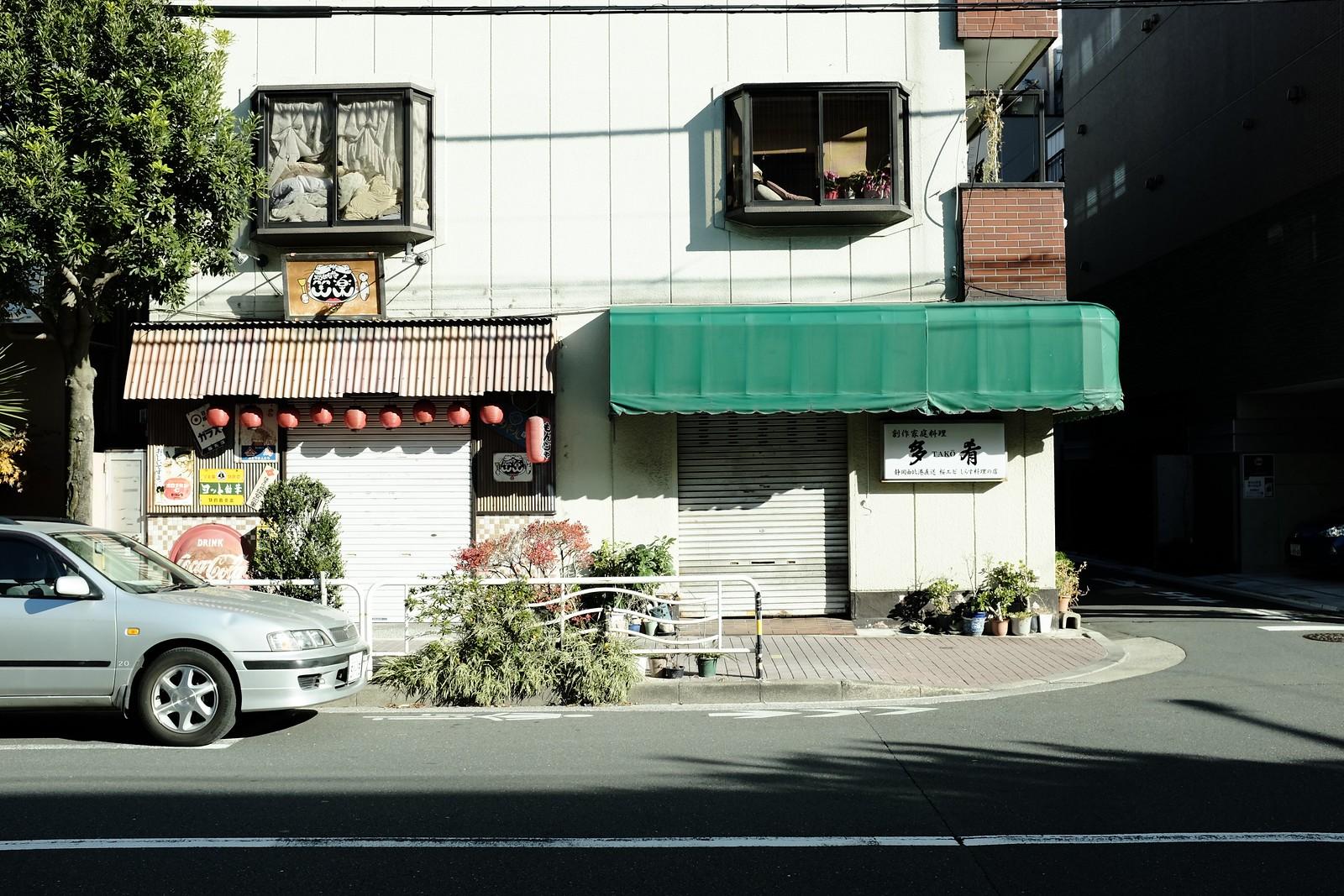 The Tokyo Kameido photo by FUJIFILM X100S.