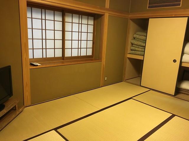 小房間的樣子