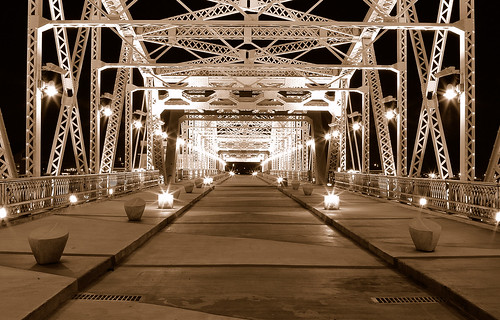 Walking Bridge in Downtown Nashville. | by BamaWester