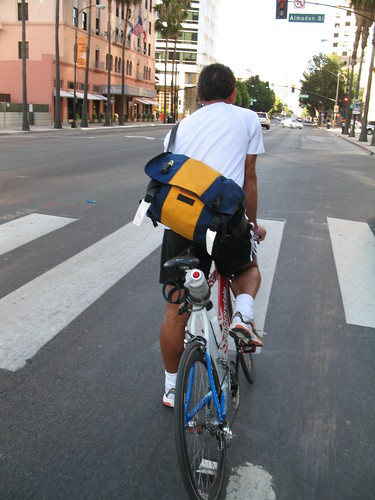 Cyclist on Santa Clara Street | by Richard Masoner / Cyclelicious